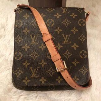 100% Authentic Louis Vuitton Messenger Musette Shoulder Bag