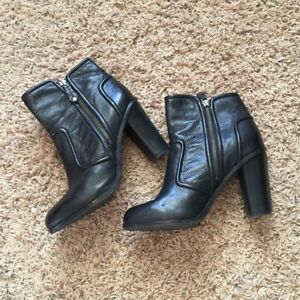 Mint condition_FRYE Black Sylvia Piping Booties_Size 6M