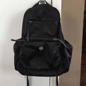 Lululemon To Class Backpack Excellent condition