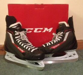 ICE SKATES FOR SALE, SIZE 43, EXCELLENT CONDITION