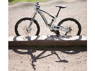 Canyon strive AL 9.0 mountain bike