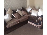 Crushed velvet corner sofa. 5 months old. Was £1259 as handmade and customised want £500 ovno