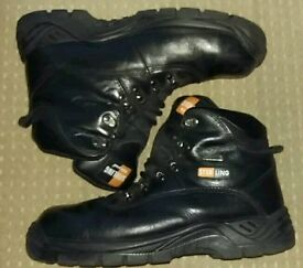 Mens Size 10 Black Leather Work Boots with Steel Toe