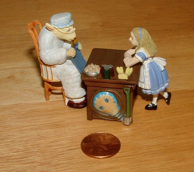 FURUTA Alice In Wonderland ALICE & KNITTING SHEEP Figure JOHN TENNIEL Kaiyodo