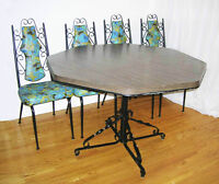 Dining Table and 4 Chair. Make me Offer!