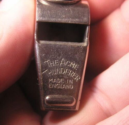 Famous THE ACNE THUNDERER Whistle Cork From ENGLAND used Sports Police Safety