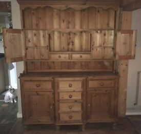 Welsh Pine Wood Dresser - 8 drawers & 4 cupboards