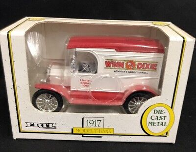 Ertl Winn Dixie 1917 Ford Model T 1 25 Scale Diecast Car Bank 9911  2C