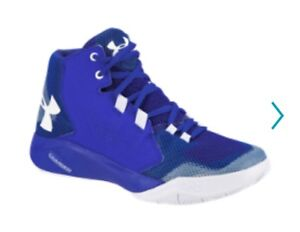 Boys Under Armour Basketball Sneakers  Size 5