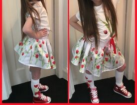 Arianna dee Skirt top and matching socks age 6