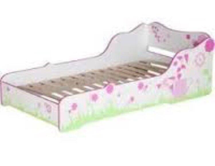 Girls toddler bed