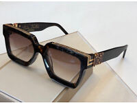 Sunglasses   Fashionable and stylish men's and woman's