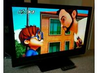 "PANASONIC VIERA 42"" TV FULL HD BUILT IN FREEVIEW EXCELLENT CONDITION REMOTE CONTROL. FULLY WORKING"