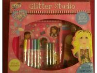 Glitter Studio 100 Piece Set - Brand New