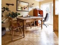 Hire deskspace in this Newcastle Upon Lyme home office