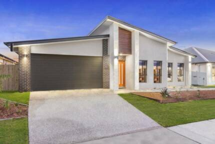 Brand NEW 3+2 Bedroom Dual Occupancy Home in Logan Reserve