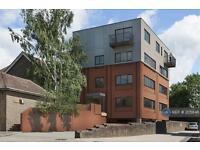 Studio flat in Park View, East Grinstead , RH19