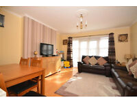 FOR SALE. LONDON E17. LARGE 2 DOUBLE BEDROOMS FLAT. PROSPECT HILL, NEAR WALTHAMSTOW VILLAGE. £350K.