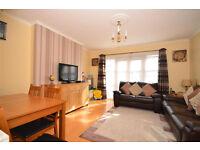 FOR SALE. LONDON E17. LARGE 2 DOUBLE BEDROOMS FLAT. PROSPECT HILL, NEAR WALTHAMSTOW VILLAGE. £350K.