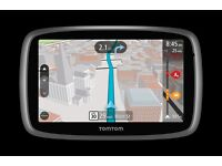 TomTom GO 500 - Automotive GPS navigator With Magnetic Charging Mount, Cable and Original Pouch