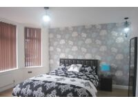 7 bedrooms in Burton, West Didsbury, Bills Included, Manchester