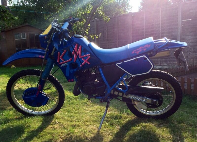 kawasaki kmx 125 1990 h 12 months mot 5997 miles blue pink rare swaps px possible in. Black Bedroom Furniture Sets. Home Design Ideas