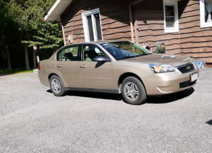 2006 Chevy  Malibu only 117000kms mint condition with all record