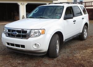 2011 FORD ESCAPE XLT SUV-CROSSOVER