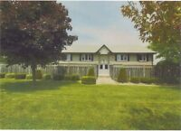 Port Dover - 4 plex,beautiful,just renovated,2 bed,lower unit