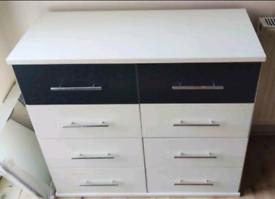 Chest drawer (8)