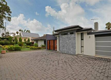Great Home with Tennis Court and Pool Kensington Gardens Burnside Area Preview