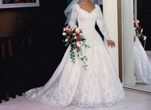 Traditional Wedding Dress (Port Perry)