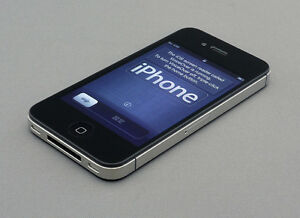 WANTED IPHONE 4s 32gb UNLOCKED or Rogers