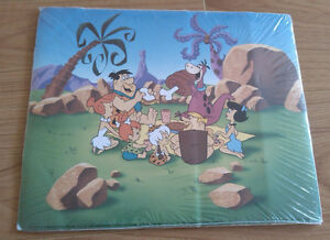 BRAND NEW The Flintstones (1960–1966) picture + keychain