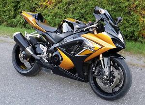 2008 SUZUKI GSX-R 1000  TRES PROPRE ET BAS KM !!!  6300$ FERME