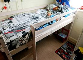 Mid sleeper shortie bed