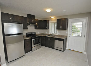 House - 2BR Executive Suite in Shakespeare-SEE OPEN HOUSE HOURS Stratford Kitchener Area image 4