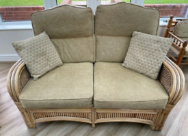 Conservatory furniture sofa and 2 arm chairs