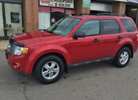 2010 Ford Escape XLT 4X4 LEATHER ONLY $8900