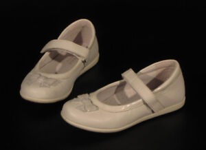 Girl shoes 100% leather (white), size 12 (European size 30).