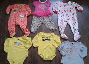 Lot vêtement 18-24m fille