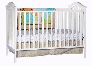 Stork Craft Hampton Fixed Side Convertible Crib, White