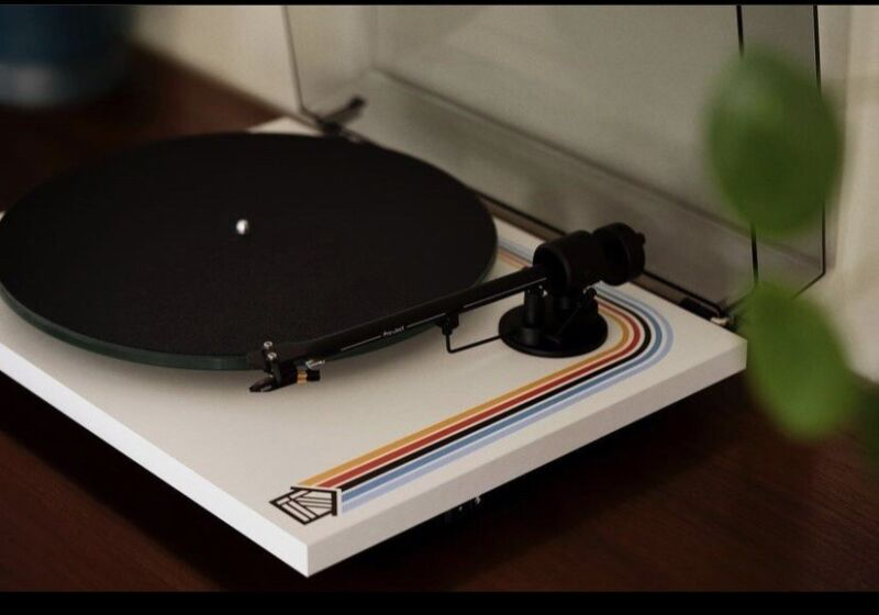 HOUSEPLANT Pro-Ject Audio System T1 Record Player - UNOPENED DEAL🔥🔥MAKE OFFER