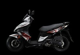 Kymco Super 8 125cc scooter - 2 years parts and labour warranty - only £1,972