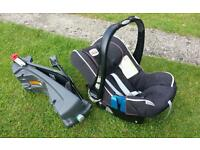 Britax baby carseat with isofix base