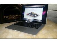 """Apple macbook 13"""" 500Gb 3gb Ram rebooted"""