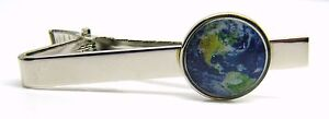 PLANET EARTH DESIGN TIE CLIP PIN SLIDE MENS GENTS NOVELTY BADGE IN GIFT POUCH