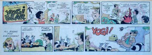 Yogi Bear by Eisenberg - Hanna-Barbera - lot of 9 color Sunday comic pages, 1976
