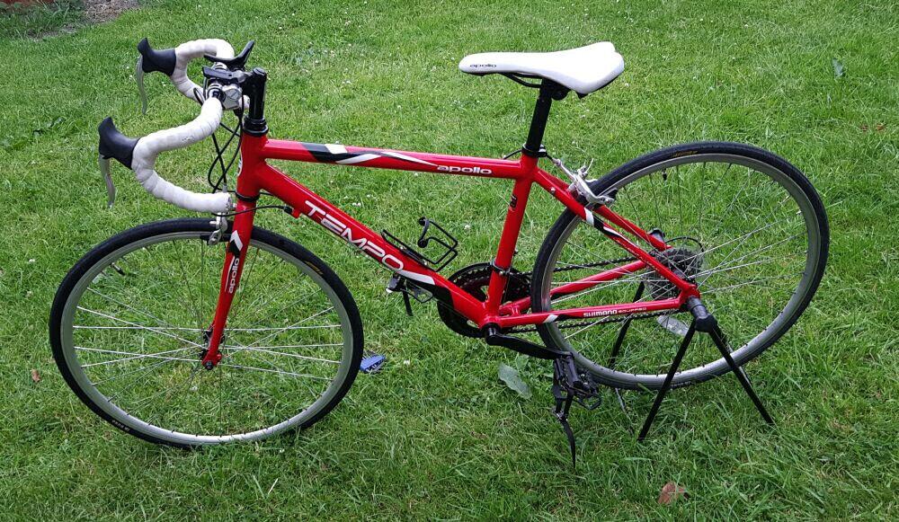 Apollo Tempo Teenager Bike Alluminium Frame In Bradford