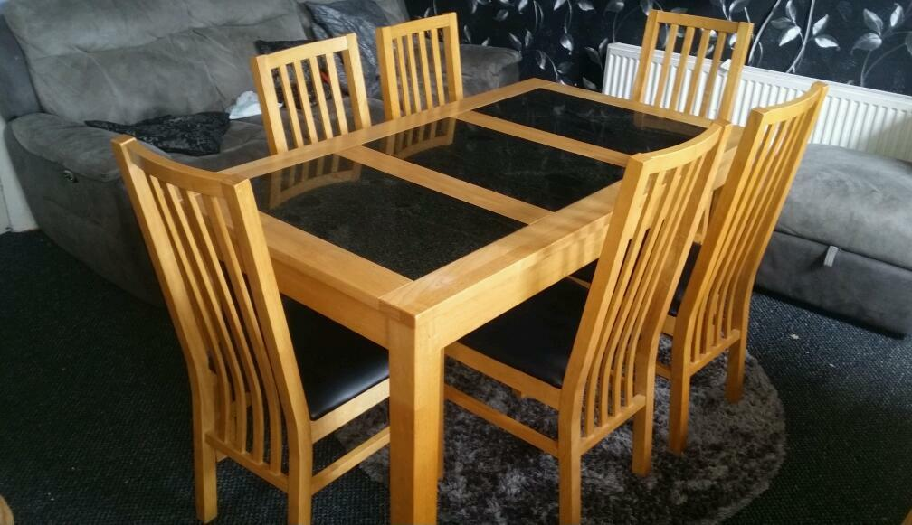 BENTLEY DESIGNS Solid Wood And Granite Dining Table 6 Chairs